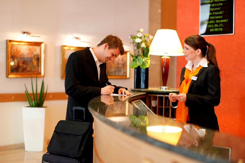Những mẫu câu Tiếng Anh thường dùng để đặt phòng khách sạn